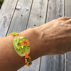 Jewelry - Woven floral glow in the dark lucite bracelet